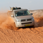 Door de woestijn met een VW California T6 - Camperen door Afrika en Zuid-Amerika