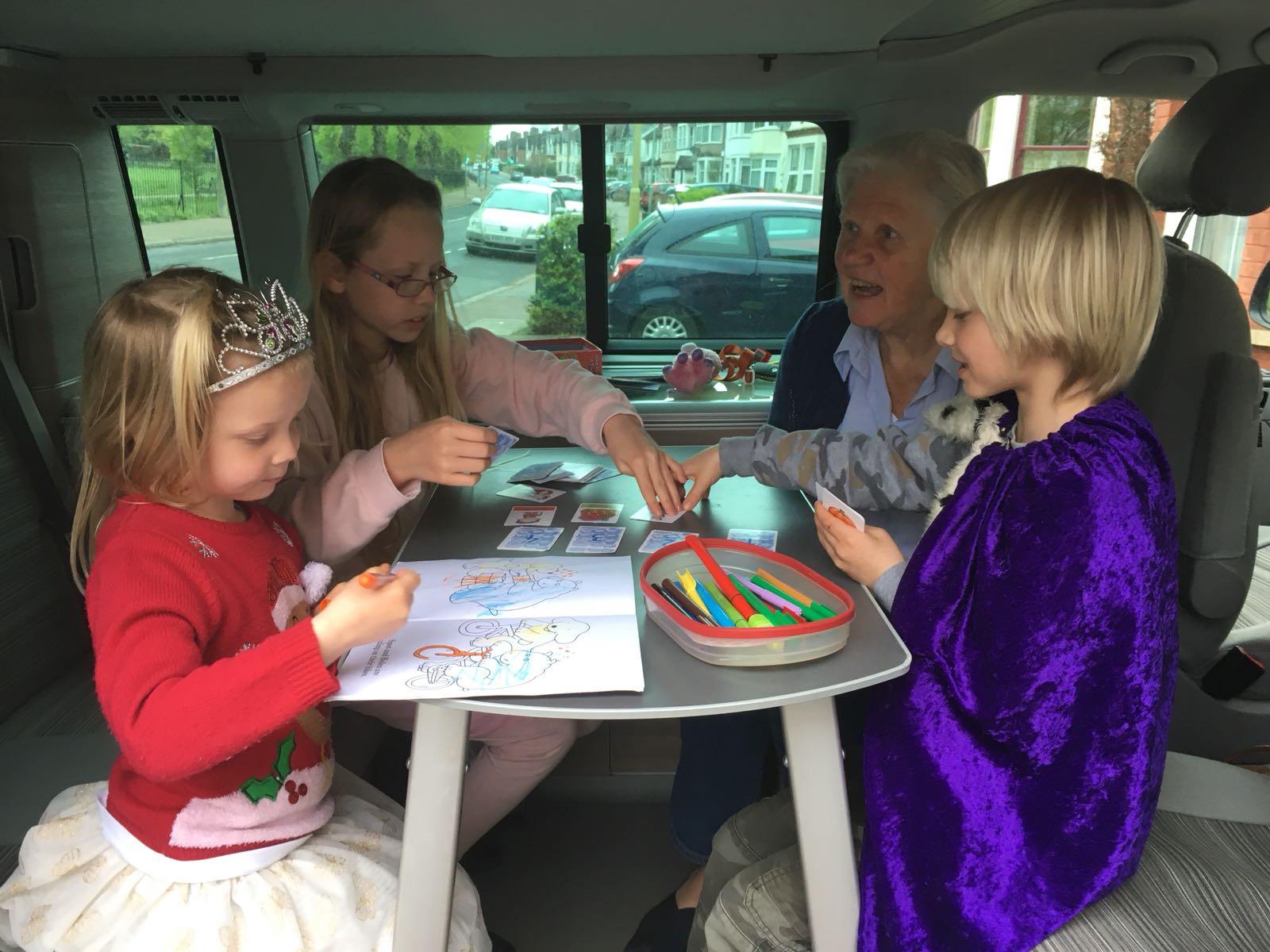 Ook kinderen genieten van het busje - Reisverhaal Kino Jansonius