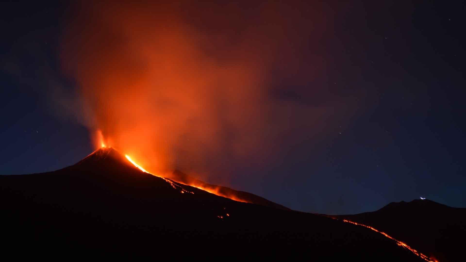 Actieve vulkaan Mount Etna - Camperreis naar Sicilië
